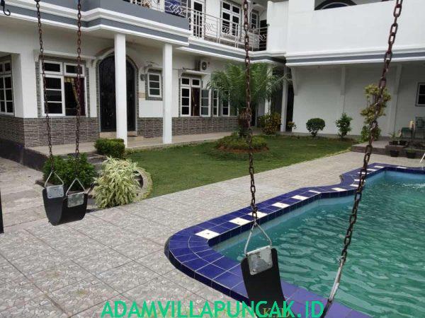 villa dn puncak kolam renang pribadi