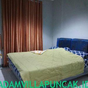 Villa KTM Ungu 3 Kamar
