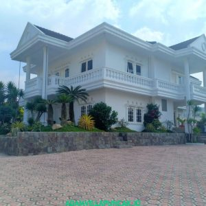 villa munyul dekat taman bunga