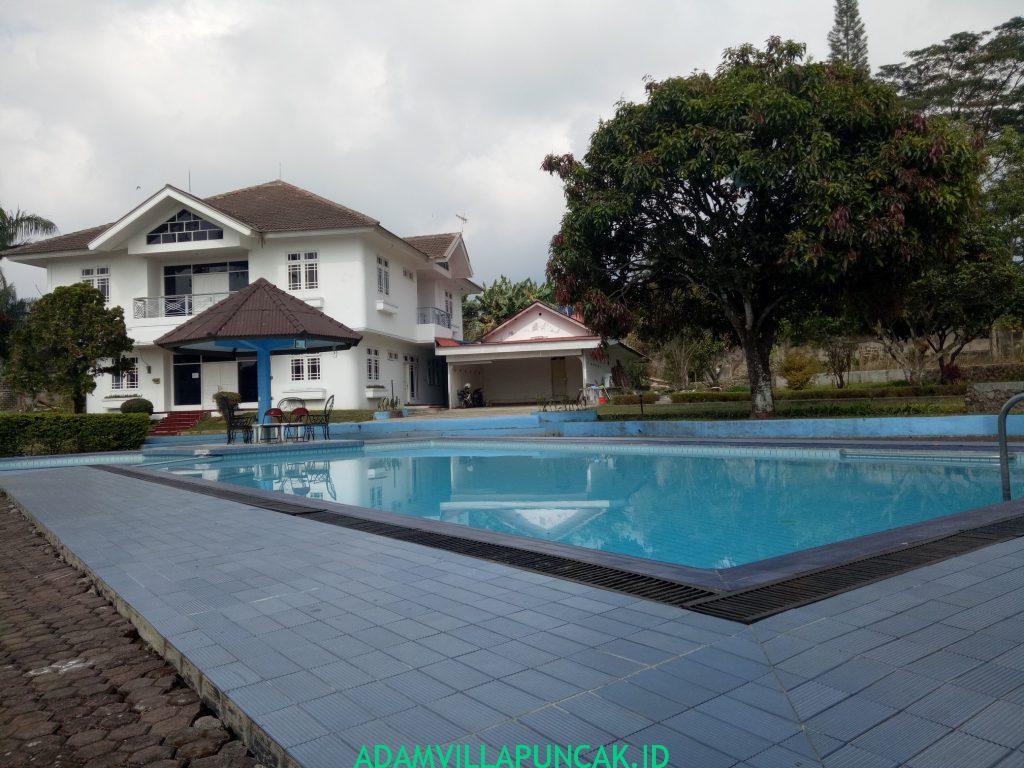 villa di puncak tipe SRJ 8 Kamar
