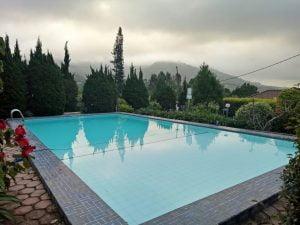 villa puncak kolam renang dengan view bagus