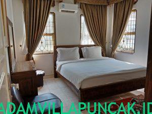 Villa Viktoria Puncak 4 Kamar Kolam Renang Pribadi