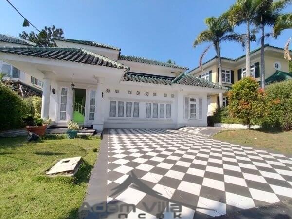 Villa Aang Puncak 5 Kamar Kolam Renang Pribadi