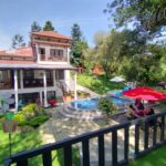 Villa MN Puncak 5 Kamar Private Pool, Billiard, Karaoke, Wifi