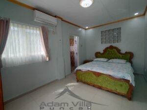 Villa Seruni Minimalis Puncak 4 Kamar Private Pool & Karaoke