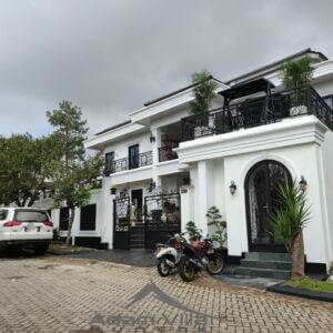 Villa MN Puncak 6 Kamar Mewah Bangunan Baru